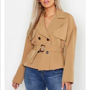 Jackets & Blazers - Short camel jacket